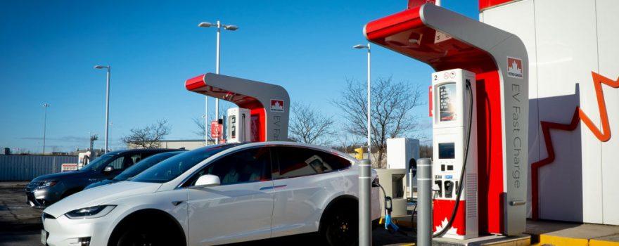 bornes de recharge Petro-Canada
