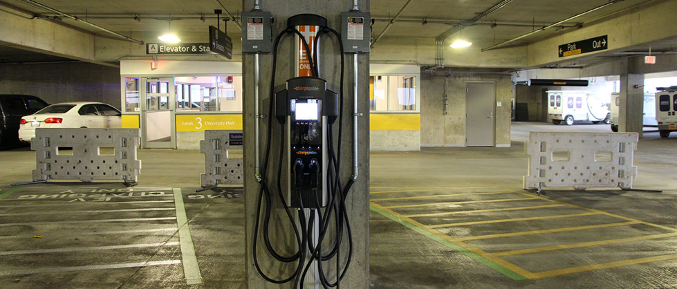 Trois solutions pour brancher votre véhicule électrique en condo ou logement